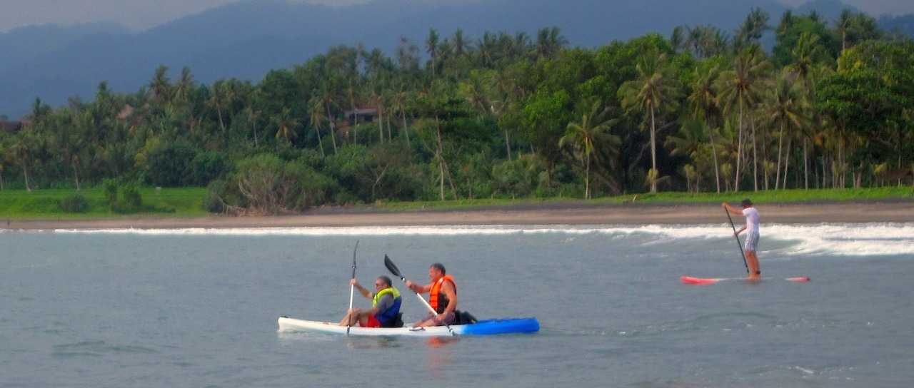 SUP and sea kayak : how to enjoy West Bali from the sea