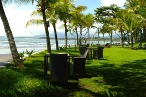 What is a true beachfront ? Puri Dajuma, Beach Eco-Resort & Spa, West Bali