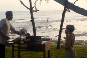COOKING CLASS ON THE BEACH Puri Dajuma, Beach Eco-Resort & Spa, West Bali Beach Dajuma Restaurant