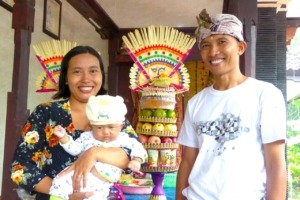 HAPPY PARENTS Puri Dajuma, Beach Eco-Resort & Spa, West Bali Culture Dajuma People