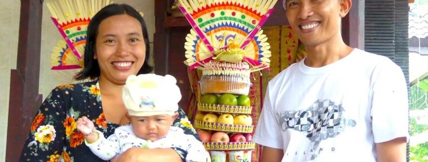 HAPPY PARENTS Puri Dajuma, Beach Eco-Resort & Spa, West Bali Culture Dajuma People