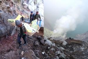 Hiking Ijen volcano Puri Dajuma, Beach Eco-Resort & Spa, West Bali Java Nature Tours