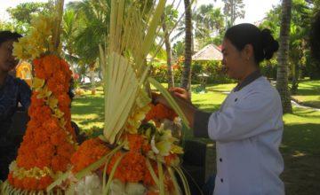 FLORAL DECORATIONS AT DAJUMA Puri Dajuma, Beach Eco-Resort & Spa, West Bali 1