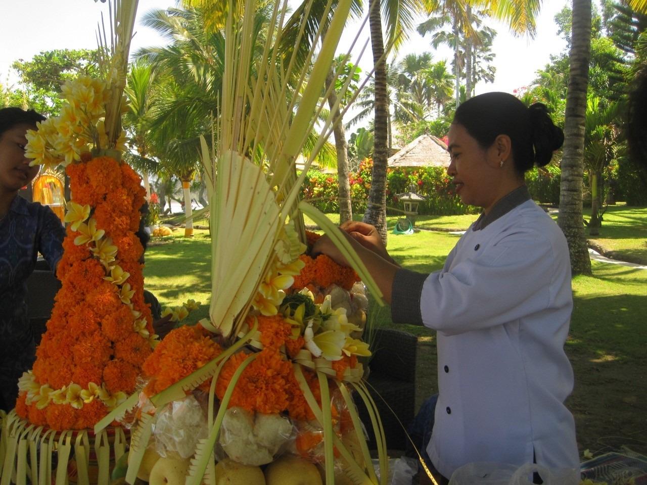 FLORAL DECORATIONS AT DAJUMA Puri Dajuma, Beach Eco-Resort & Spa, West Bali